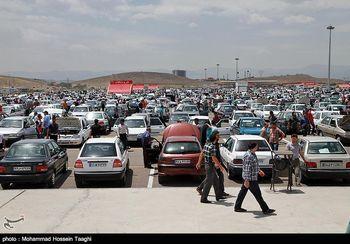 کاهش لحظهای قیمت خودرو در بازار