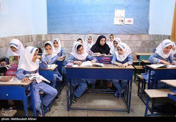 تصویری دلخراش از تحصیل دانش آموزان فقیر در ایران