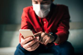 اپلیکیشنها به جنگ کرونا رفتند؛ به صورتت دست نزن!