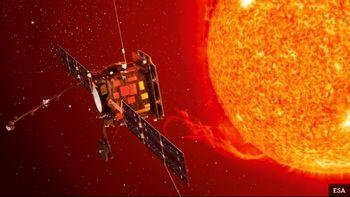 کشف یک شیء ناشناس در اطراف خورشید +عکس