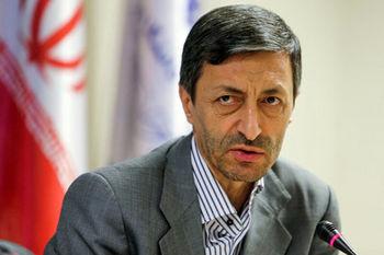 پرویز فتاح: ملک ۱۸۰۰ متری در دست احمدی نژاد است/ حریف نیروهای مسلح نمی شویم