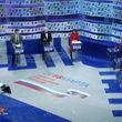 ژست جالب رقیب خانم ولادمیر پوتین هنگام مناظره انتخاباتی + عکس