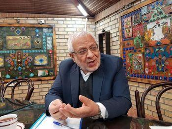 بادامچیان: سیدحسن خمینی زرنگ است/احمدی نژاد می تواند کاندیدا شود